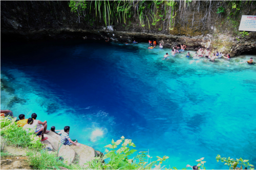 hinatuan enchanted river